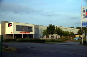 Logistik-/Ausstellungs-/Büroliegenschaft